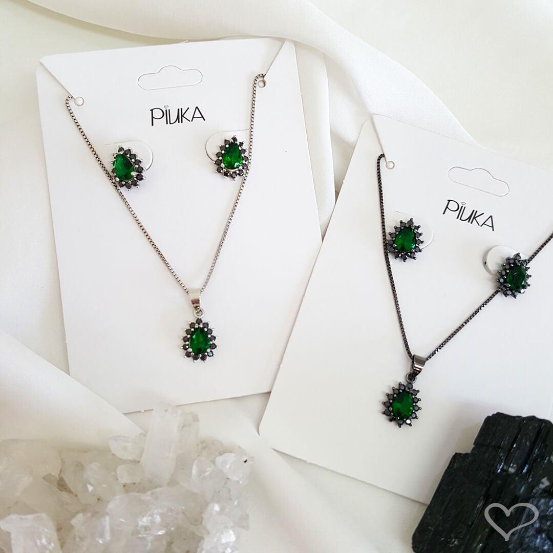 Conjunto brinco e colar gota esmeralda cravejado zircônia onix folheado em ródio branco
